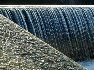 waterfall-77676_1920